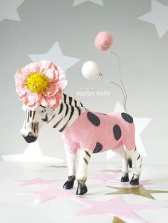 Your place to buy and sell all things handmade Party Animals, Safari Animals, Animal Party, Plastic Animal Crafts, Plastic Animals, Baby Birthday, Birthday Cakes, Birthday Parties, Pink Balloons