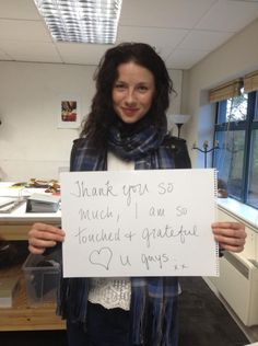 A thank you to all the #Caitriots from @caitrionambalfe #CaitWasWorthTheWait #WeLoveCait pic.twitter.com/3Pc7INYDxY