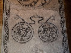Looks like silver jewelry depicted on a memorial stone in Gotland