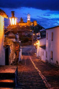 Monsaraz, Alqueva, Portugal