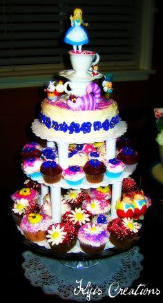 Alice In Wonderland Mini Cake and Cupcake Tower #wonderland #cupcakes #baking #tower