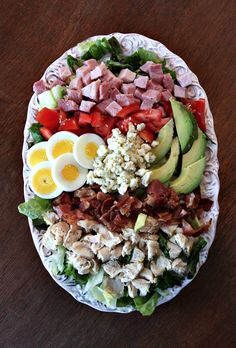 Use up your leftover turkey to make CLASSIC COBB SALAD #recipe