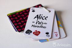 Convite – Alice no País das Maravilhas by arlequimdesign, via Flickr