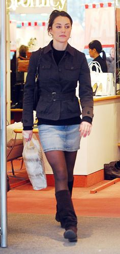 Kate Middleton made denim skirts a thing before they even became trendy. Here she is on a casual shopping trip in 2007. (Getty)  via @AOL_Lifestyle Read more: https://www.aol.com/article/lifestyle/2017/09/29/duchess-kate-slammed-for-disgusting-shopping-habits/23227867/?a_dgi=aolshare_pinterest#fullscreen