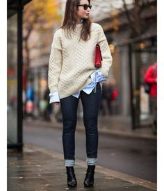 """""""Cosy knit, men's shirt, denim, boots and one stand-out accessory - a clutch in bright red = balanced and lovely combo. ✔️ #SakerStil #inspiration…"""""""