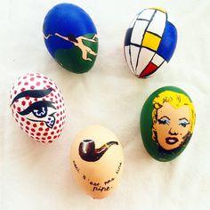 Shoutout to my looming chem midterm for making modern art easter eggs sound like a reaaaaally good idea  #easter #eastereggs #modernart #painting #henrimatisse #matisse #thedance #pietmondrian #mondrian #compositioninredblueandyellow #andywarhol #warhol #marilynmonroe #popart #renemagritte #magritte #thetreacheryofimages #roylichtenstein #lichtenstein #eye #holiday #craft #postimpressionism #arthistory #modernartist #eggshell #blownegg #contemporaryart #1900 #1900s