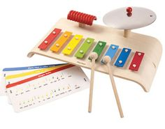 Want to encourage the budding musician in your life? Check out this adorable music set from PlanToys!