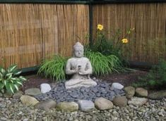 Top 10 Beautiful Zen Garden Ideas For Backyard If you're interested in how to make a Japanese garden, it can readily be completed in your backyard. A Japanese garden isn't an exercise in producing the most important and the ideal. Zen Rock Garden, Zen Garden Design, Yard Design, Landscape Design, Zen Design, Fence Garden, Bamboo Garden, Garden Planters, Shade Garden