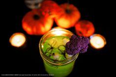 Smirnoff vodka Halloween drink. Recipe: 1.25 oz SMIRNOFF® Green Apple Flavored Vodka , 0.2 oz Sour Mix, 1 dash(s) Superfine Sugar. Fill shaker with ice, SMIRNOFF® Green Apple Vodka, and sour mix. Shake. Strain into a martini glass, garnish with colorful cauliflower. #Smirnoff #Halloween #drink #recipe #vodka #Fall Kid Drinks, Fruity Drinks, Fancy Drinks, Party Food And Drinks, Yummy Drinks, Halloween Drinks, Holiday Cocktails, Halloween Crafts, Halloween Party