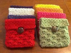 my scrap yarn buster: 10 minute crochet Coin   ☂ᙓᖇᗴᔕᗩ ᖇᙓᔕ☂ᙓᘐᘎᓮ http://www.pinterest.com/teretegui: