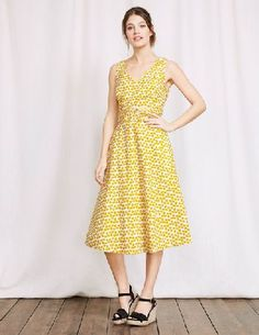 #Boden Lois Dress Mimosa Large Clover Women Boden, #Who needs a fairy godmother when dressing up is this easy? Slip on this elegant dress, with its cinched-in waist, for an instant hourglass shape. Its made from cotton and linen so youll stay cool, and weve granted you one more wish: pockets.