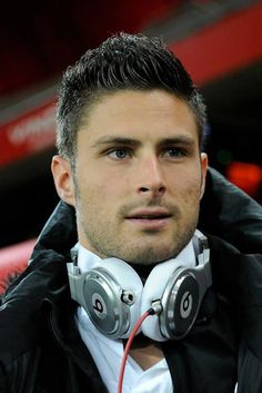 olivier giroud- arsenal and France  Awesome player.