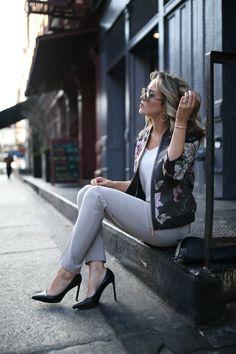 Цветочный Bomber Jacket | МЕМОРАНДУМ | Нью-Йорк Мода & Стиль жизни Блог для Рабочей девушки