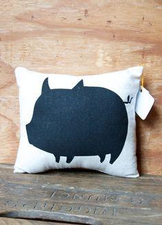 Piggy Pillow, oink oink