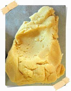 Pâte sablée amande sans gluten : 200 g de farine de riz / 50 g de farine de maïs / 140 g de beurre ramolli / 30 g de sucre blond de canne / 60 g de sucre glace / 30 g de poudre d'amande / 1 oeuf / 1 pincée de sel   Recettes de cuisine bio : Le cri de la courgette...