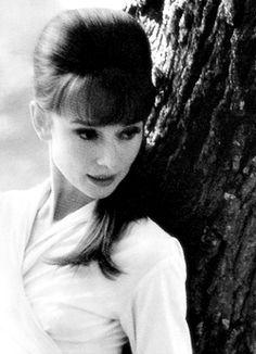 Audrey Hepburn - love the hair and make upㅡ 안보면  평생후회 ^^    http://hhhh1040.tistory.com/mㅡ