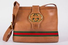 Vintage Gucci Vintage Bag, Vintage Purses, Vintage Gucci, Vintage Fashion, Tote Handbags, Purses And Handbags, Beautiful Handbags, Gucci Bags, Greed