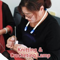Knit any where & any time! No more holding a flashlight by your hand or by your mouth, or wear a headlamp on your head, nodding your head like a robot to adjust the light directions when you are reading or busy in repairing. Knitting Patterns Free, Knit Patterns, Free Pattern, Knitting Projects, Crochet Projects, Lampe Crochet, Crochet Stitches, Knit Crochet, Sewing Hacks