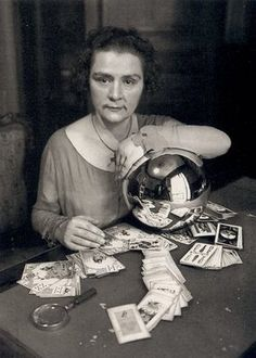 Vintage Fortune Teller photo w crystal ball and Tarot Cards. Andre Kertesz, Vintage Witch, Vintage Circus, Vintage Silver, Karl Blossfeldt, Martin Parr, Robert Doisneau, Stephen Shore, Robert Frank