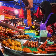 Mouths still drooling :) #upsticksandgo #KL #kualalumpur #malaysia #market #foodmarket #foodphoto #foodtravel #travelfood #travelgram #travelphotos #travellingtheworld #kualalumpurfoodmarket #malaysianfood | Flickr - Photo Sharing!