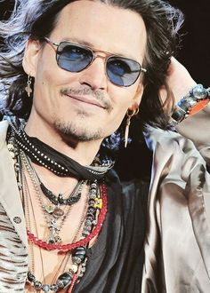 Check out the latest pictures, photos and images of Johnny Depp Richard Ii, Most Beautiful Man, Beautiful People, Gypsy Men, Gypsy Soul, Bohemian Men, Mode Man, Here's Johnny, Johny Depp