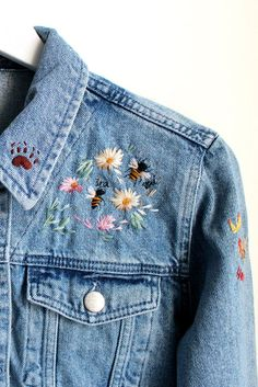 Ink & Thimble Embroidered Denim Wedding Jacket - Embroidered Denim Wedding Jacket for Selina; Denim Jacket Embroidery, Embroidered Denim Jacket, Cute Embroidery, Embroidered Clothes, Flower Embroidered Jeans, Diy Embroidery On Clothes, Jeans With Embroidery, Embroidery Fashion, Flower Embroidery