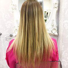 ANTES | ¿Ya le has pedido a los reyes que te traigan pelazo? 🎁 En @evapellejero les guardamos las extensiones @great_lenghts que lo hacen posible ✨ 😘 ⠀  #evapellejero #extensiones #hairextensions #greatlenghts #extensioneszaragoza Reyes, Long Hair Styles, Beauty, Extensions, Style, Cosmetology, Long Hairstyles, Long Hair Cuts, Long Hairstyle