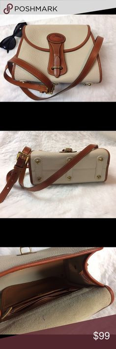 "❤️Priceless Dooney & Bourke❤️ Authentic Gorgeous Dooney & Bourke Crossbody Handbag ... L 10""  H 9""  W 4""         ❤️No Holds or Trades❤️ Dooney & Bourke Bags Crossbody Bags"