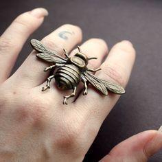 """""""G"""" on the ring finger"""