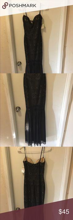 Elegant dress This dress is brand new. It's lace WINDSOR Dresses Prom