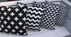 Zwart wit kussens met diverse dessins