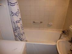 panellakás felújítás fürdőszoba 02 ilyen volt Alcove, Bathtub, Bathroom, Standing Bath, Washroom, Bathtubs, Bath Tube, Full Bath, Bath