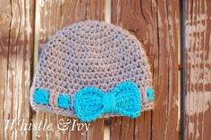 Faux Ribbon Baby Hat #freecrochetpattern - Made with Caron Simply Soft yarn