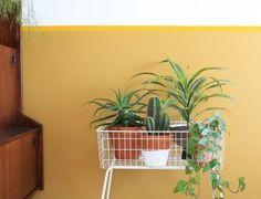 Trend alert: haal in 2018 terrazzo in huis Diy Interior, Terrazzo, Bed Frame, Planter Pots, Indoor, Plants, Style, Seeds, Bed Base