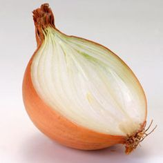 How to heal your cough with an onion? Coco, Natural Health, Onion, The Cure, Garlic, Remedies, Healing, Herbs, Nutrition