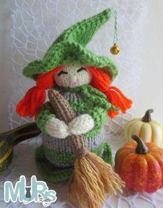 Christmas Knitting Patterns, Crochet Patterns, Broom Handle, Cute Halloween, Halloween Themes, Universal Yarn, Plymouth Yarn, Cascade Yarn, How To Purl Knit