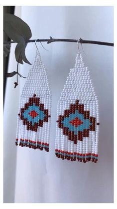 Beaded Earrings Native, Beaded Earrings Patterns, Seed Bead Patterns, Jewelry Patterns, Fringe Earrings, Beading Patterns, Seed Bead Jewelry, Bead Jewellery, Seed Bead Earrings