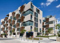 Vivienda en barrio  Vía Cordillera / JSª + DMG Arquitectos
