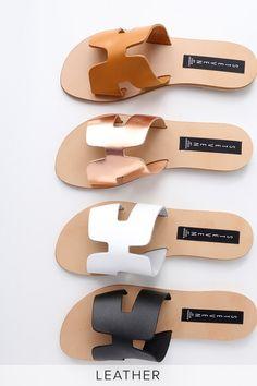 Steven by Steve Madden Greece - White Leather Slide Sandals Shoes Flats Sandals, Sandals Outfit, Flat Sandals, Slide Sandals, Leather Sandals, Shoe Boots, Gladiator Sandals, Nike Roshe, Mode Style