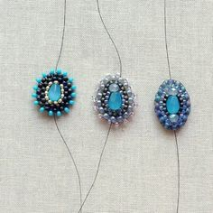 Jewelry Making Tutorials Great DIY make Miguel Ases style beaded components. - Step by step instructions, DIY tutorial on how to brick stitch around a focal bead to make a Miguel Ases style beaded component for earrings or other jewelry. Jewelry Making Tutorials, Beading Tutorials, I Love Jewelry, Jewelry Design, Beaded Jewelry, Handmade Jewelry, Handmade Beads, Beaded Bracelet, Jewellery