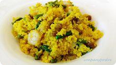 Con pan y postre: Cuscús con gambas al ajillo y espárragos / Couscou... Garlic Prawns, Polenta, Empanadas, Fried Rice, Quinoa, Asparagus, Risotto, Fries, Ethnic Recipes