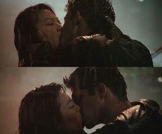 Scott and Kira kiss teen Wolf