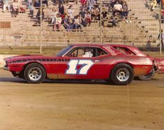 Bomber Dirt Track Cars - Bing Images Weird Cars, Cool Cars, Late Model Racing, Old Race Cars, Dirt Track Racing, Vintage Race Car, Car Photos, Custom Cars, Volkswagen