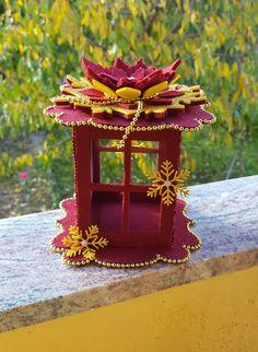 Christmas Crafts For Kids, Felt Christmas, Homemade Christmas, Christmas Time, Christmas Ornaments, Lantern Crafts, Christmas Lanterns, Foam Crafts, Diy Home Crafts