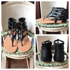 New black glads 😍!! $36 ...summer staple !! 🛍 Karismaboutiqueshop.com