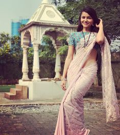 RD shooting for Shakti Astitva Ke Ehsaas Ki. Saree Blouse Patterns, Saree Blouse Designs, Beautiful Girl Indian, Beautiful Saree, Indian Tv Actress, Indian Actresses, Hottest Tv Actresses, Khadi Saree, Sarees