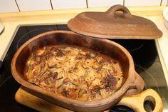 Zwiebelfleisch aus dem Römertopf, ein leckeres Rezept aus der Kategorie Rind. Bewertungen: 17. Durchschnitt: Ø 3,6.