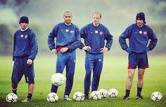 El mejor Arsenal de la historia. Ljungberg Henry Bergkamp y...