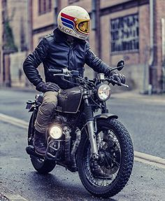 "9,538 Likes, 58 Comments - Cafe Racers | Customs | Bikes (@kaferacers) on Instagram: ""We are loving this build from Roa Motorcycles. 1 out of 18 builds that they have created, who has…"""