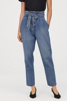 Ankle-length jeans in sturdy washed denim with a high, pleated waist, a detachable tie belt and a zip fly with hook-and-eye fasteners. Paper Bag Jeans, Fashion 101, Fashion Outfits, Denim Jeans, Mom Jeans, Belt Tying, Fashion Company, Jean Outfits, Everyday Fashion